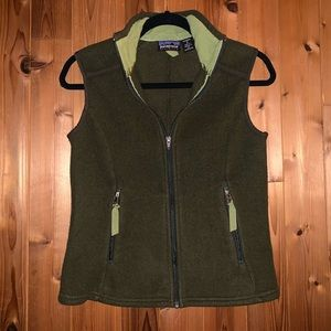 Patagonia Women's Fleece Vest.